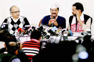 AamAadmiParty declares its first candidateAtulShekhdafrom Gujarat