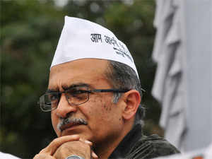 AAP accusedMukeshAmbaniof being involved in aRs 6,530-crmoney-laundering operation that deserved investigation, provoking a fierce denial from RIL.