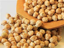 Chana prices recovered sharply by by 2.97 per cent toRs3,261 per quintal in futures trading today as speculators built-up positions.