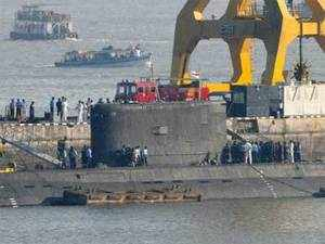 The Navy will conduct a wreath laying ceremony in memory of its two personnel who lost their lives battling the fire in submarine INS Sindhuratna.