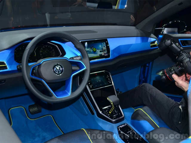 VW's 7-speed DSG gearbox - VW T-ROC concept unveiled in Geneva | The