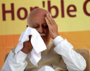 Advani-Modi faultline deepens as BJP decides to field patriarch from Gandhinagar