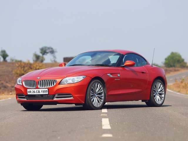 Folding Roof 2014 Bmw Z4 What S The Open Top Two Seater Sports