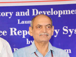 Financial Services Secretary Rajiv Takru has been appointed as the new Revenue Secretary in the Union Finance Ministry.