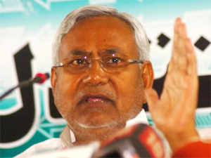 Chief MinisterNitishKumar today suffered a jolt as JD(U) candidate fromKisanganjwithdrew infavourof Congress nominee in the parliamentary election.