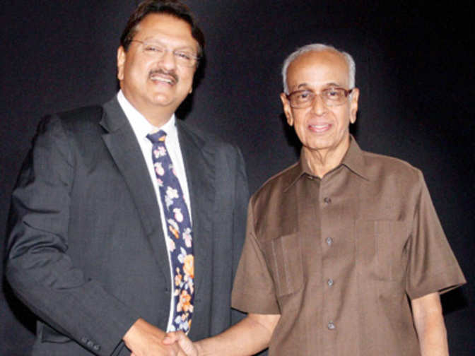 Piramal-Shriram transaction: More than just a deal between Ajay Piramal and  R Thyagarajan - The Economic Times