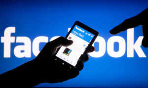 The Bharatiya Janata Party has said that if it comes to power it will create a policy environment where companies such as Google, Facebook and Yahoo will be encouraged to set up servers in India.