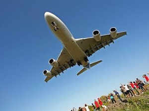 Tata Realty and Infrastructure is preparing a possible JV with Heathrow Airport's biggest shareholder, Ferrovial SA of Spain, to bid for the Navi Mumbai airport project.