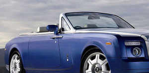 Rolls-Royce aims to drive in over 70 cars to India by '13