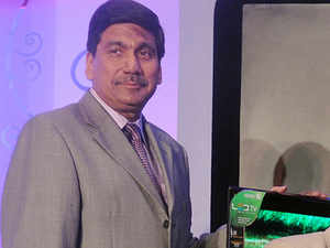 Zutshiis the only Indian executive remaining at Samsung from the initial batch recruited by the company when it entered the country in 1995.