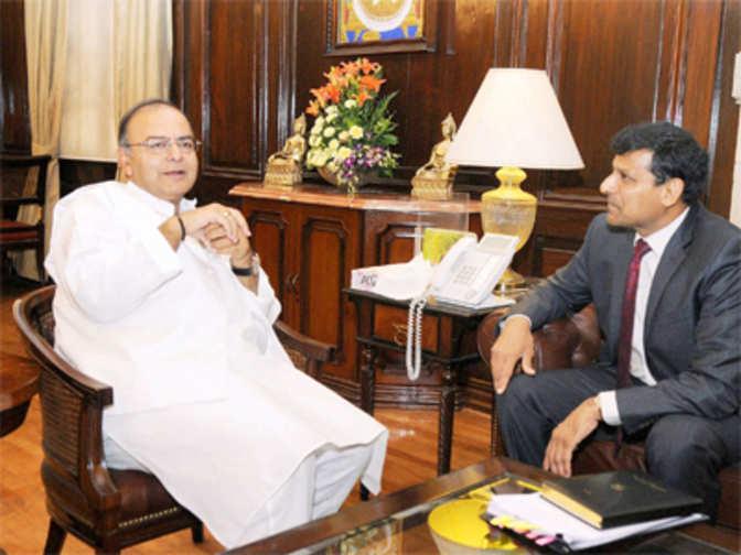 FM Arun Jaitley in sync with Raghuram Rajan's stand on ...