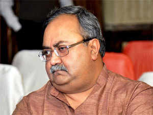Newly-appointed Finance Minister Saurabh Patel will place the annual budget for the financial year 2014-15 before the Assembly.
