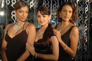 Models Diandra Soares, Anchal kumar and Viveka Babajee showcase exquisete diamond jewellery.