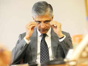 The departure of BG Srinivas, another potential CEO, may be a sign that the one-time IT services bellwether needs fresh talent and ideas.