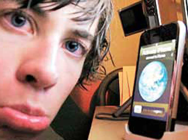 An Apple snag could delete all contacts - The Economic Times