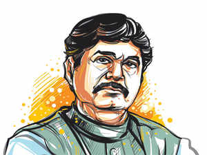 To socialists, he was a darling. And he had a kind of personal bond with Pramod Mahajan. Yet Munde chose Pawar as his target.