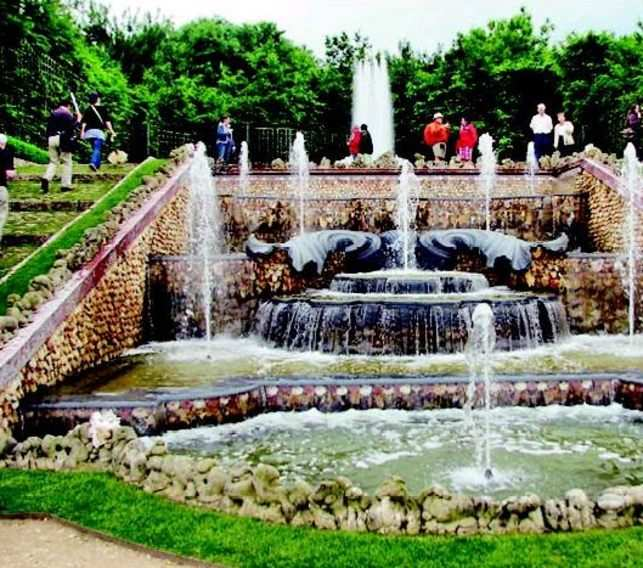 Versailles Gardens Of Paradise The Economic Times