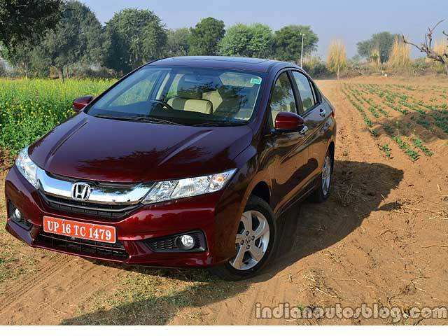 Top 10 Fuel Efficient Cars In India Top 10 Fuel Efficient Cars In