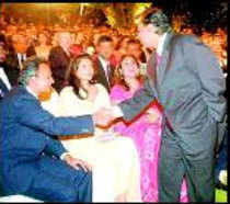 Handshake between Ambani brothers spurs Reliance scrips