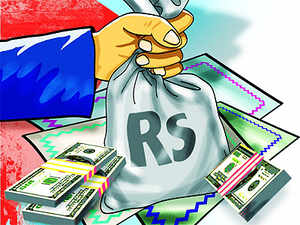 Around 200 road projects with equity investments of Rs 60,000 crore are up for sale as promoters face liquidity problems after the economic downturn squeezed toll collections siginificantly.