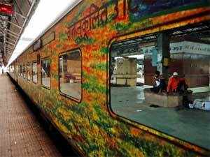Apart from an express line between Nagpur and Secunderabad, Gowda announced two air-conditioned express trains from Nagpur, one to Amritsar and the other to Pune, and a small service between Chhindwara and Nagpur.