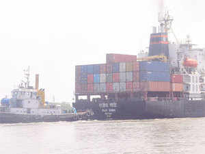 The step was initiated after the govt had asked to select a handling agent for dry bulk through tendering along with revenue sharing.
