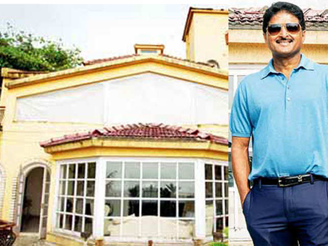 For the first time, Shashi Shetty reveals how he snagged the Rs 85 crore deal to buy Bollywood's iconic superstar's house and the plans for his new home.