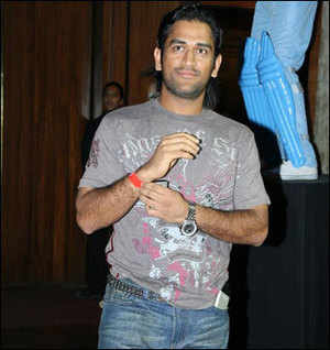 Dhoni's baap of all endorsers