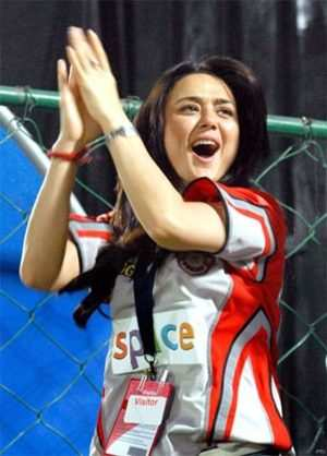 The super popular IPL  IPL Season 2: Who got Whom I Biz of IPL Season 1