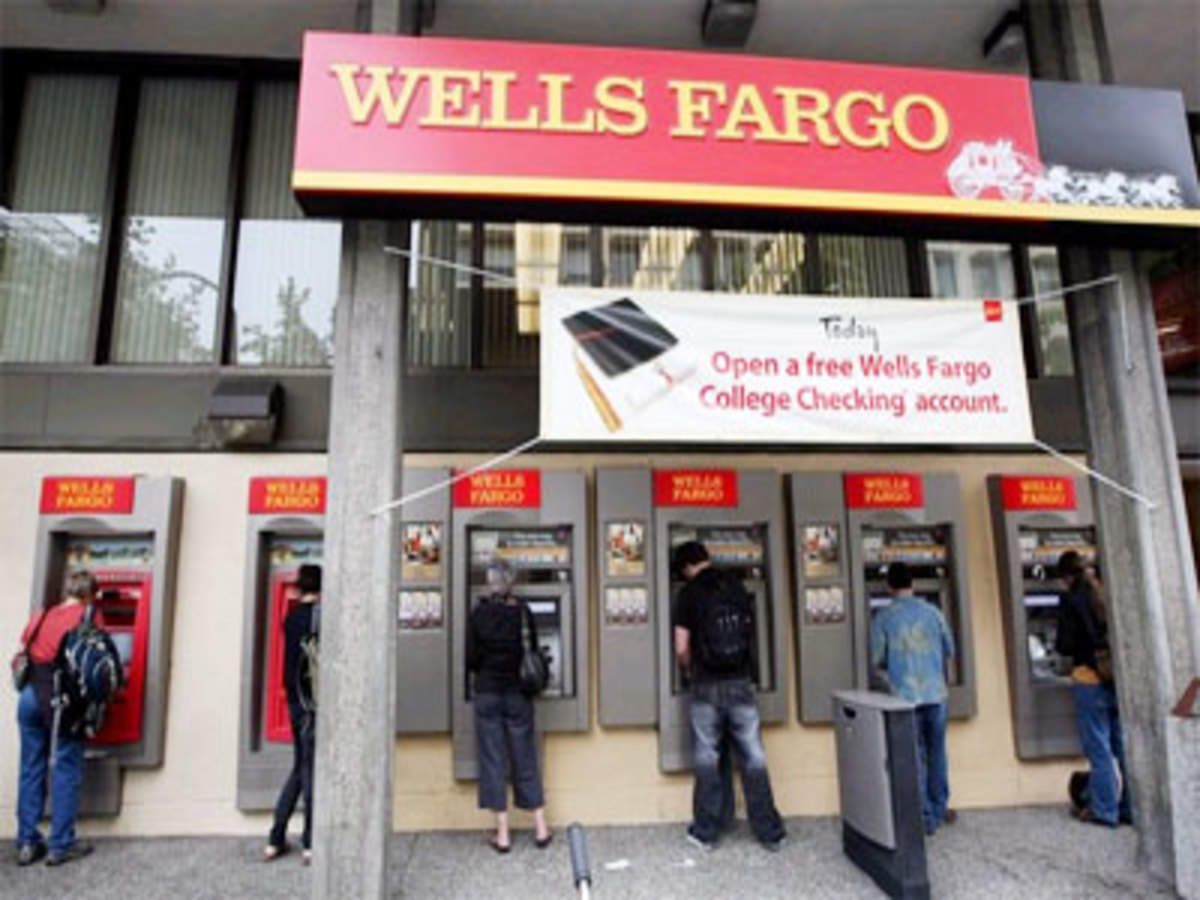Wells Fargo earnings surprise sends market higher, Dow above