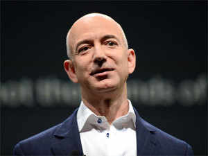 Amazon S All Hands Meet Held In Honour Of Visiting Ceo Jeff Bezos