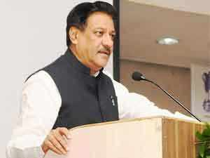Prithviraj Chavan is fighting his first assembly poll from his hometown Karad near Pune. It is not going to be easy, since he is taking on an immensely popular former colleague Vilasrao Patil Undalkar, who is fighting as an Independent.