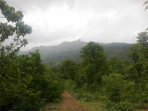 Mountain topography of Western ghats affect precipitation & is also a reason why Karnataka receives more rainfall than Maharashtra, reveals a study.