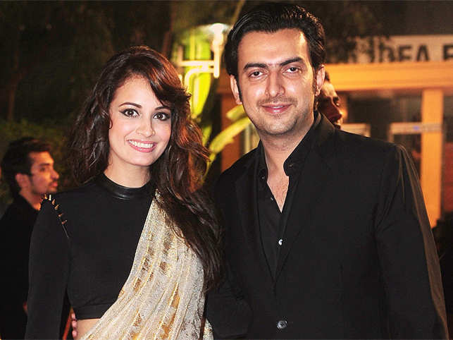 Sahil and Dia Mirza first met when he visited her with a script. According to Bombay Times, Vikram Phadnis up Sahil's meeting with Dia Mirza. Sahil had earlier worked with Vikram in Salaam-E-Ishq.