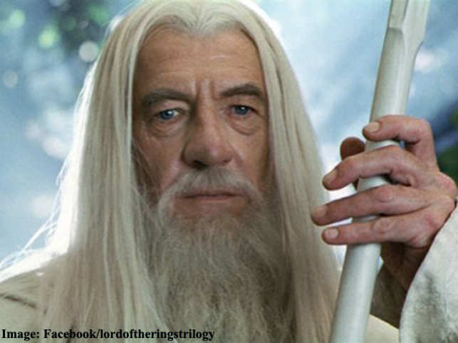 The white staff wielded by actor Ian McKellen's character Gandalf in 'Lord of the Rings' trilogy has been sold at 245,000 pounds at an auction.