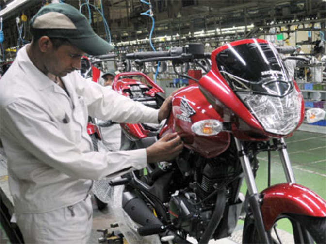 two wheeler automobile industry in india The two-wheeler market has emerged as the most vibrant and transforming segment of the overall indian automobile industry, witnessing an unprecedented growth rising rural demand and fuel efficiency are among the major factors boosting the growth in the market.