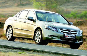 Luxurious Honda Accord now with V6 power!