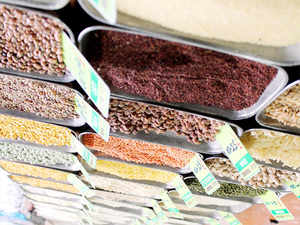 India, the biggest producer of pulses at 19 milliontonneand its biggest importer at 3.5-4 milliontonne,banned exports of pulses in 2006.