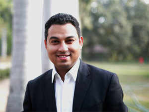 After completing his graduation in Information Technology in the year 2004 from NIT Bhopal and then joiningIIMKolkata for his MBA,Ubowejacame up instead with a business plan for a chain of bakeries.