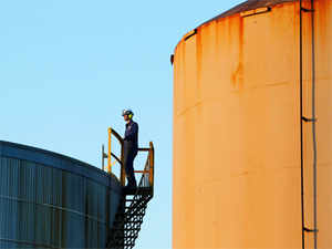 NRI businessman's firm opens fuel storage plant in UAE - The