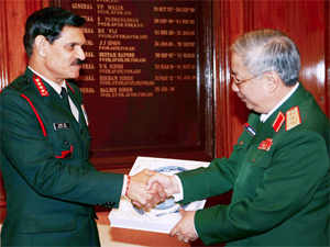 Army Chief Gen Dalbir Singh with Senior Lt Gen Nguyen Chi Vinh, Deputy Minister of Defence of Vietnam Army, in New Delhi.