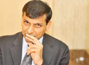 Rajanhad recently said that there was lack of clarity about the new method of calculating the GDP and RBI would need some time to understand it.
