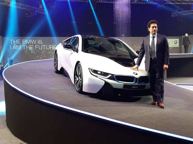 First Bmw To Ever Feature Dihedral Doors Bmw I8 Launched In India