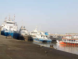 Gautam Adani led Adani Ports & Special Economic Zone (APSEZ) is said to be in talks with Essar Group to acquire its ports business.