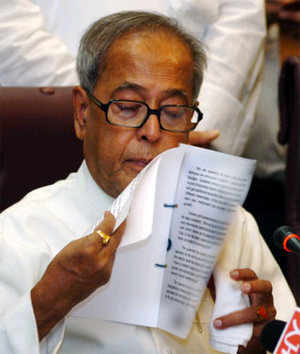 Pranab may restore standard deduction in Budget