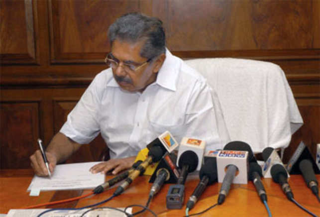 Vayalar Ravi, Cabinet minister for overseas Indian affairs