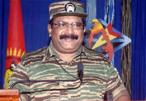 Pics from family album of Prabhakaran Video footage showing Prabhakaran's body