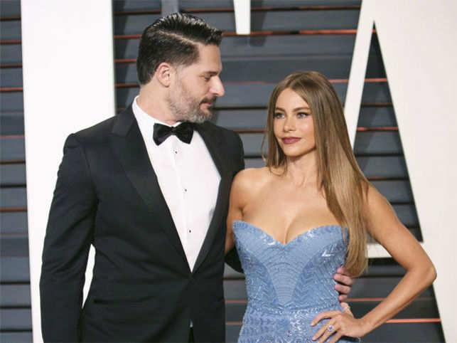 Sofia Vergara dating Joe mann datering av salme 22