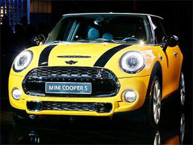 Bmw Group India Launches Mini Cooper S Priced At Rs 34 65 Lakh The