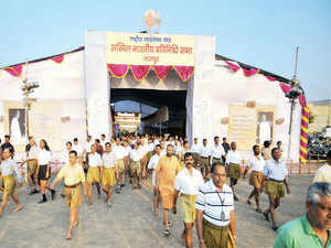 The recently-concluded Akhil Bharatiya Pratinidhi Sabha meet of RSS ended with a resolve to transcend caste divisions in Hindu society.